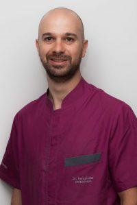 Dr Adrián Hernández Hernández - Ortodoncia