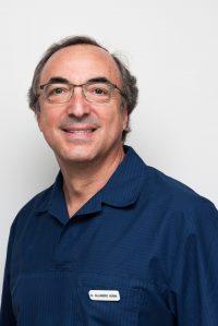 Dr. Alejandro Adana Jiménez - Fundador y Cirujano Dentista
